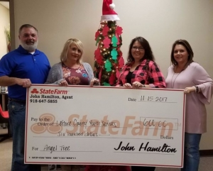 Local Insurance Agency donates to LCYS Angel Tree