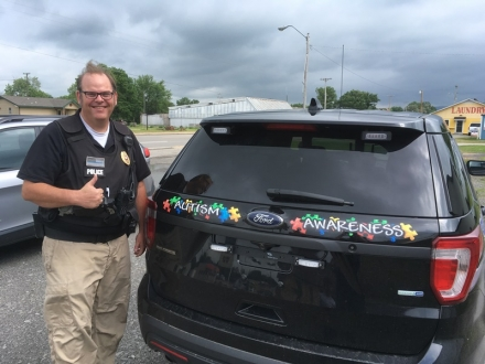 PPC and Panama PD Team Up for Autism Awareness